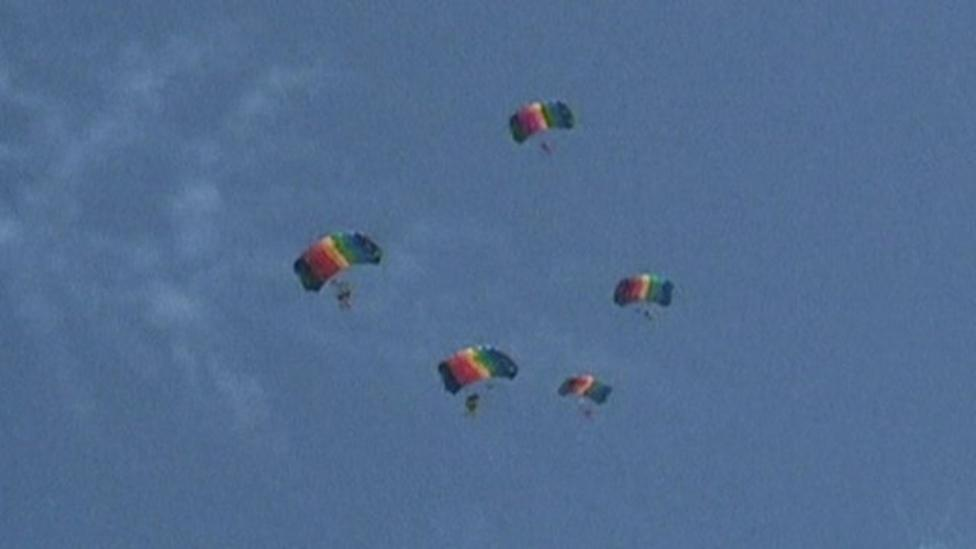 Skydivers take to the skies in China