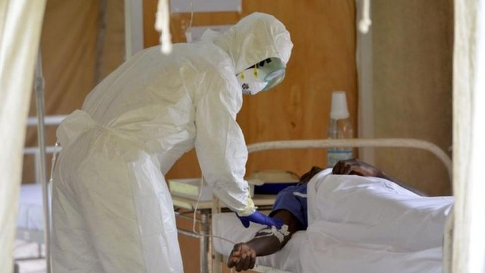 Praise for 'brave' Ebola workers