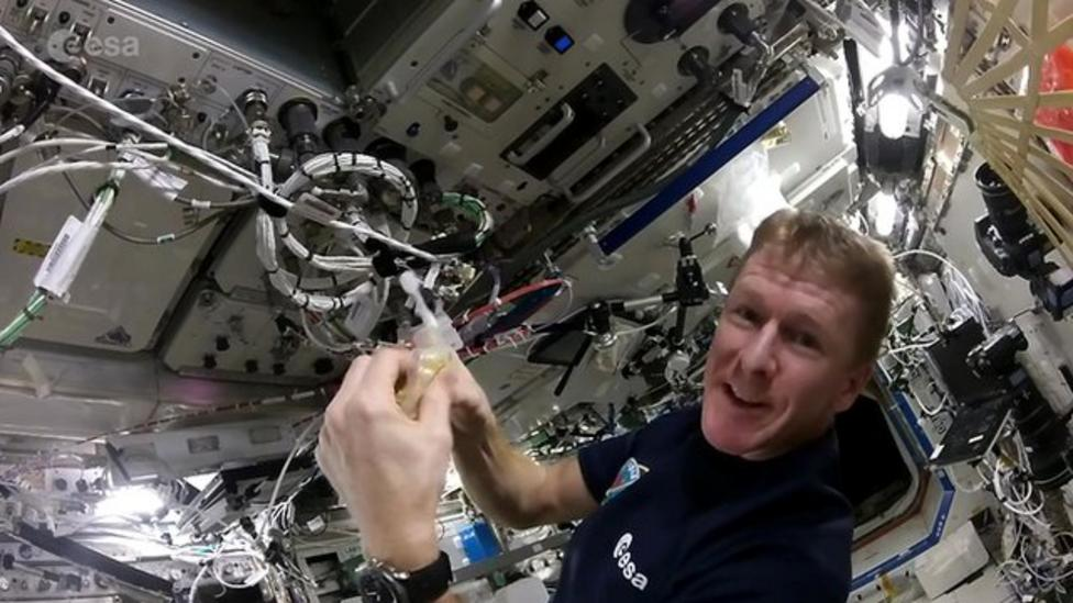 How to make scrambled eggs in space