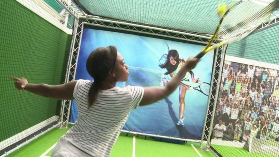 How to hit the perfect tennis serve
