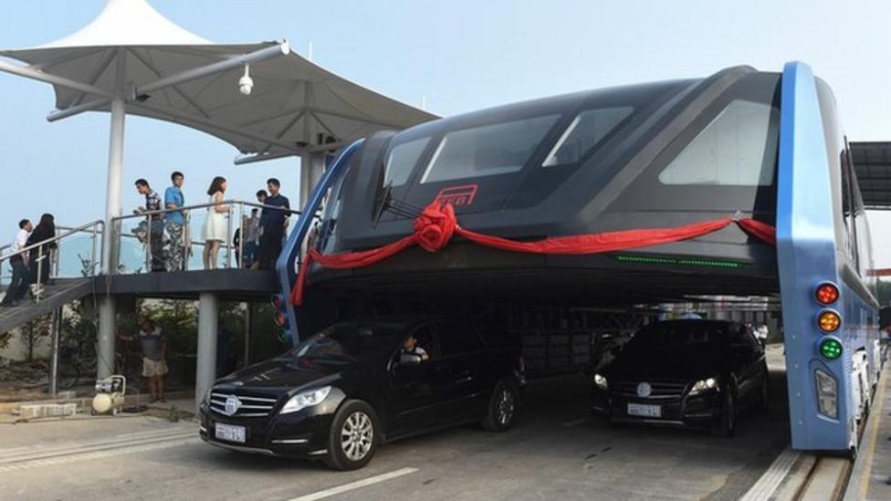 China's 'bus on stilts' gets test run