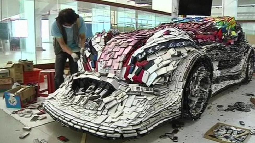 Artist builds car from old mobile phones