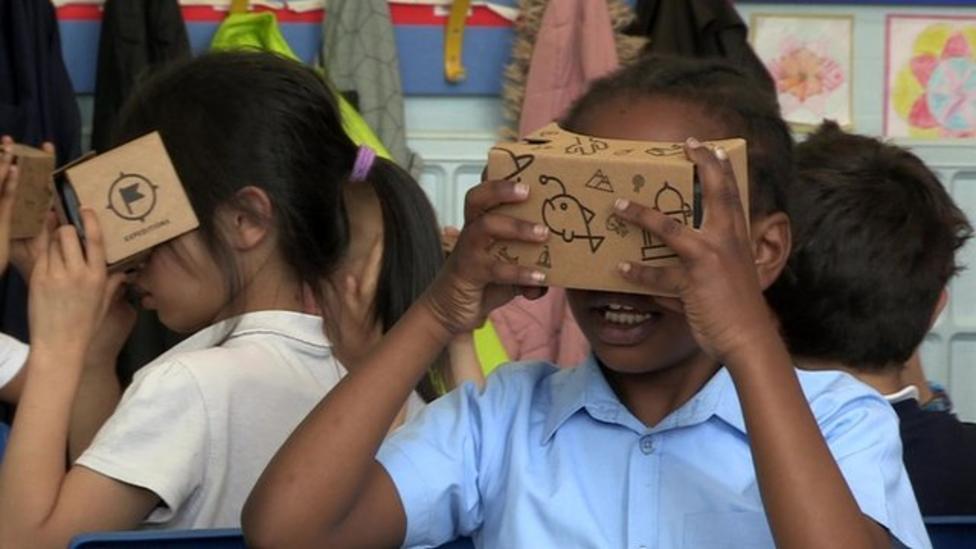 Kids go on virtual school trips