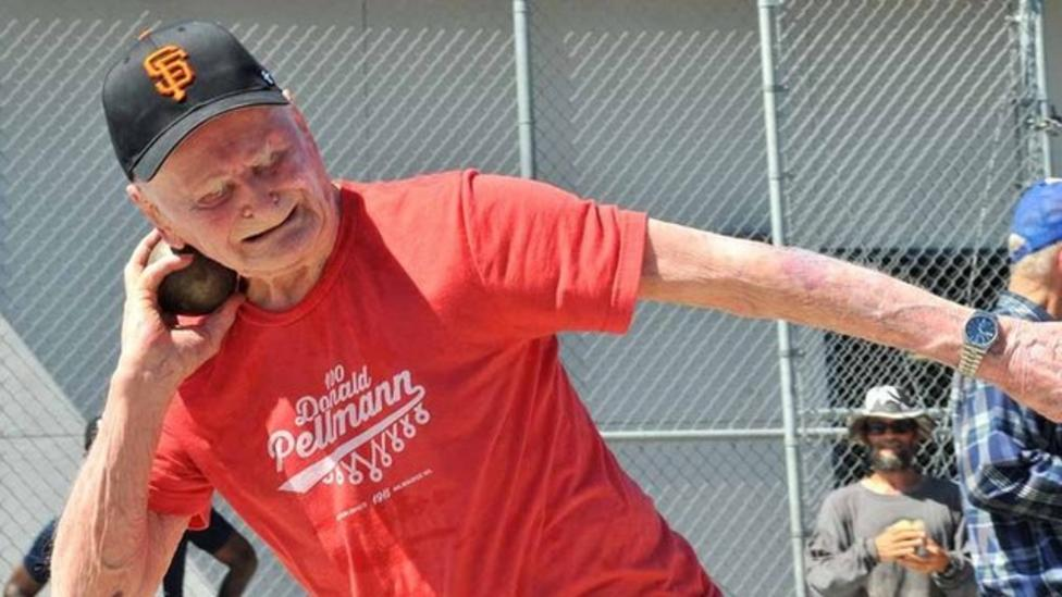 100-year-old man sets five records