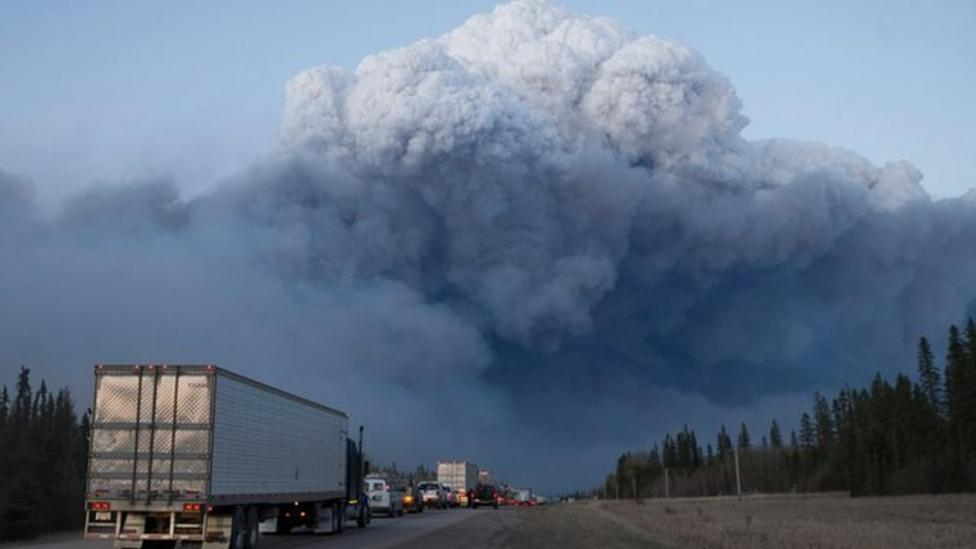 Wildfire continues to burn in Canada