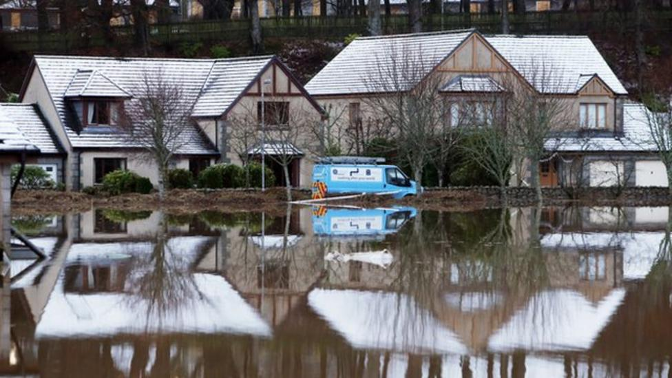 Homes evacuated after Aberdeenshire floods
