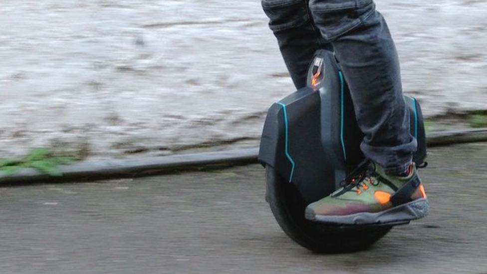 Riders try out new electric Uniwheel