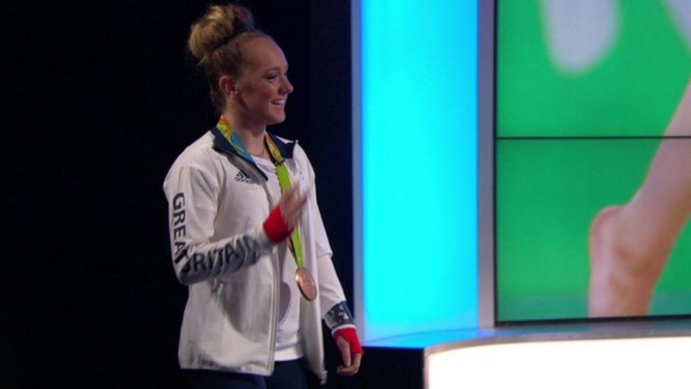 Amy Tinkler surprises fan on Newsround