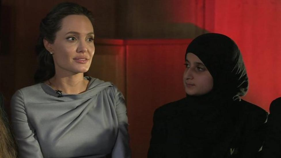 Kids ask Angelina about refugees