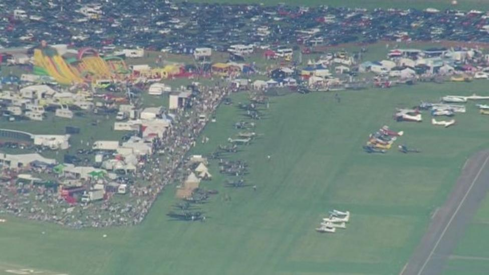 Investigation into air show safety
