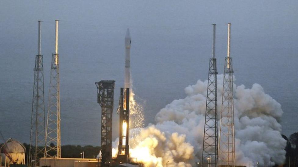 Rocket sends supplies to ISS