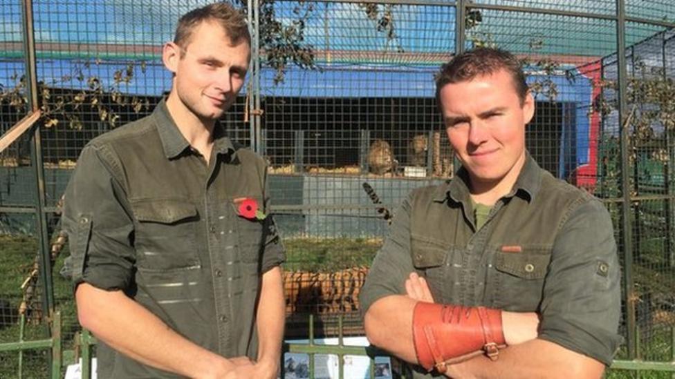Lion tamer defends show