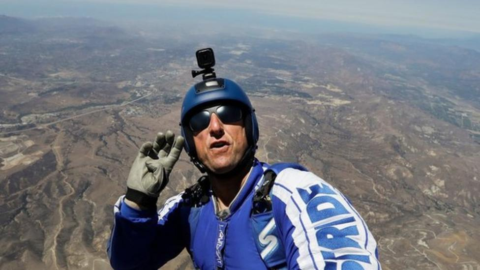Skydive 7600m without a parachute