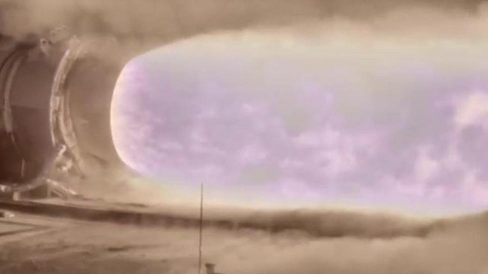 Nasa tests world's largest rocket