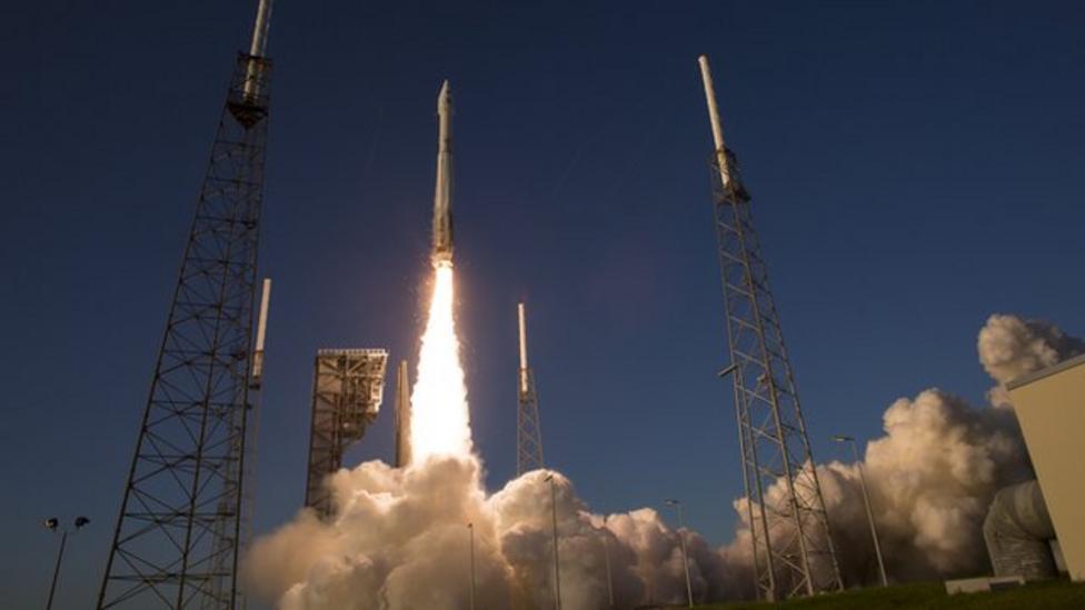 Nasa sends spacecraft to asteroid