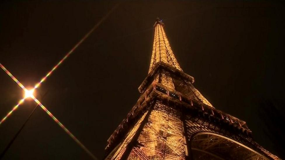 A race to the top of the Eiffel Tower