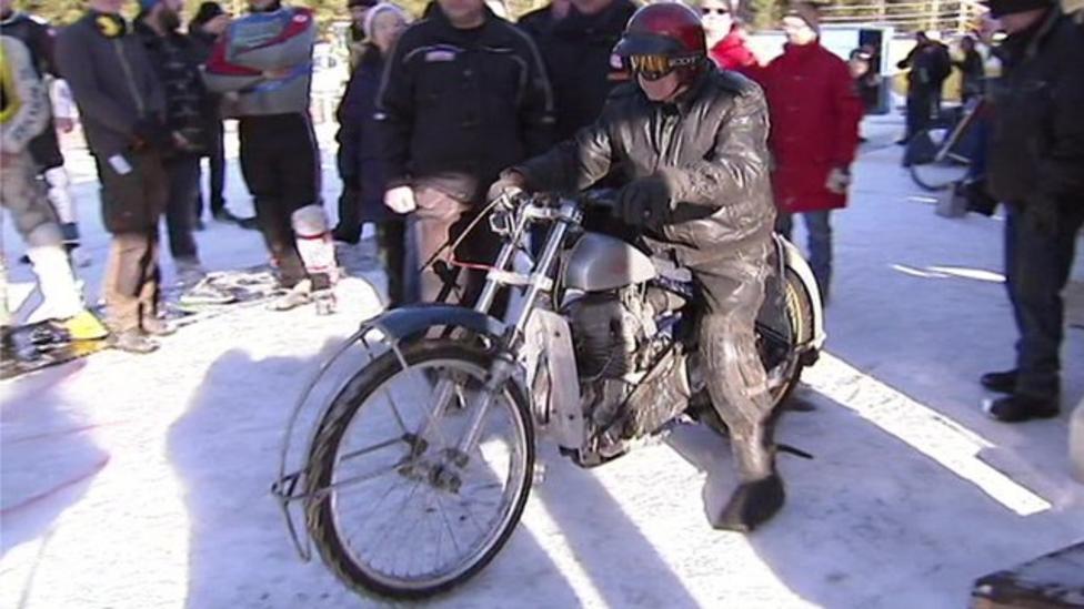 'Oldest ice racer' shows off skills