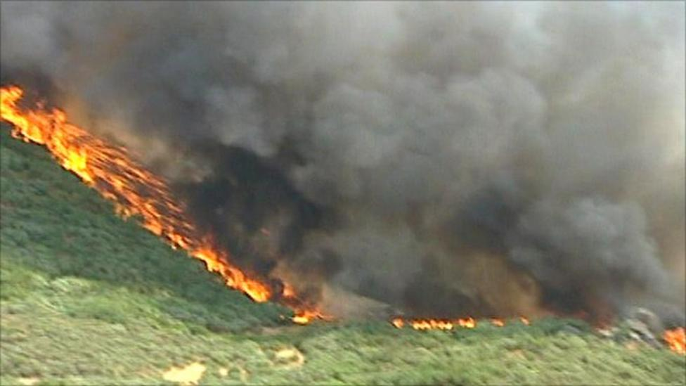 Forest fires rage in northern Portugal