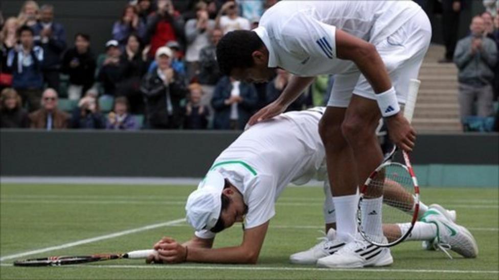 Wimbledon 2011: Classy Tsonga consoles beaten Dimitrov - BBC Sport
