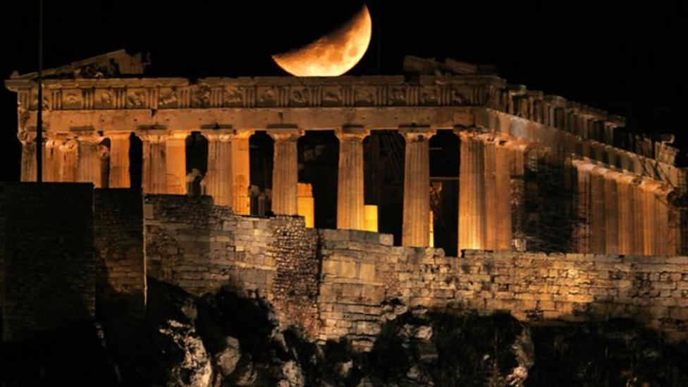 Guide: What's going on with Greece?