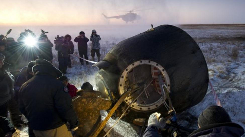 Russian spacecraft back on earth