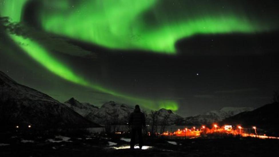 New NASA pics of Northern Lights