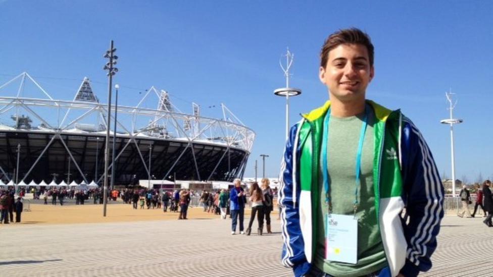 Ricky races in Olympic Stadium!