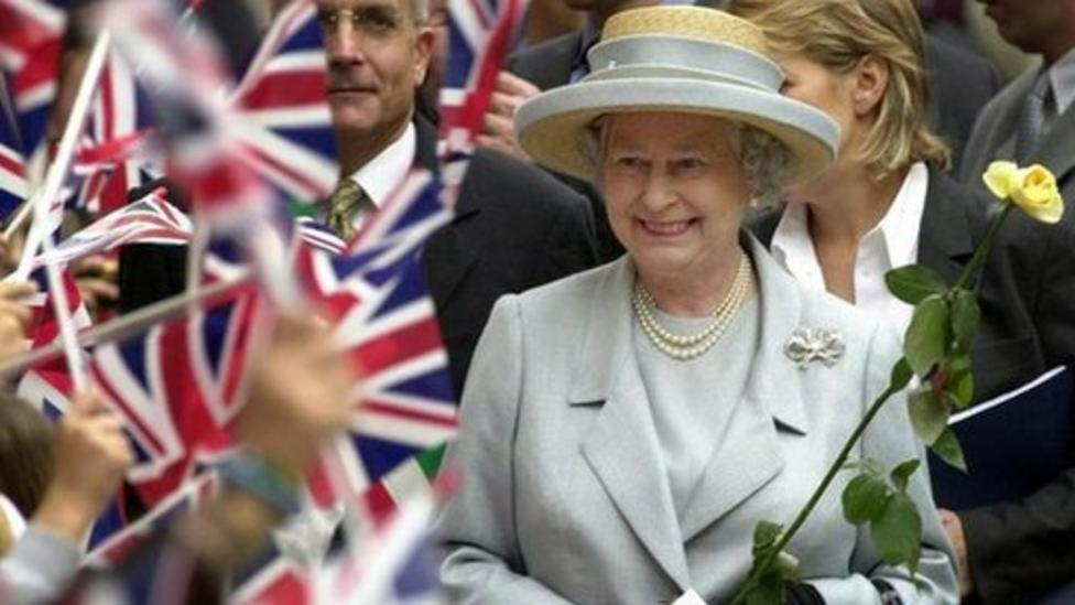 What do we know about the Queen?