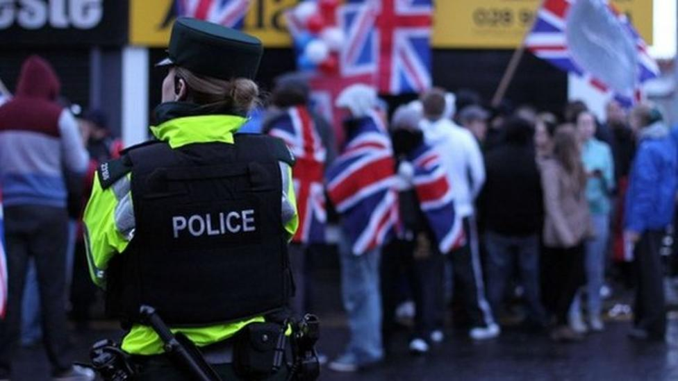 Call for calm in NI flag violence