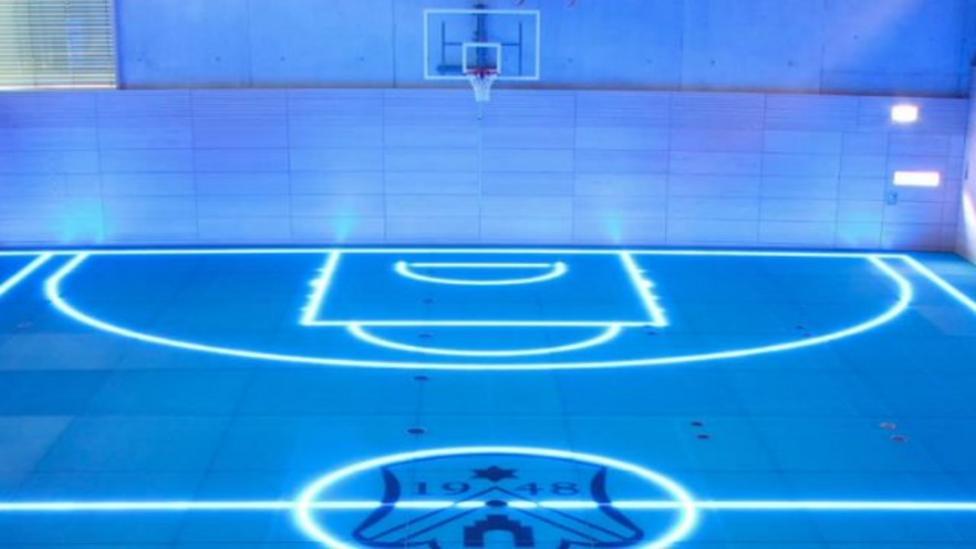 Glowing gym in German school