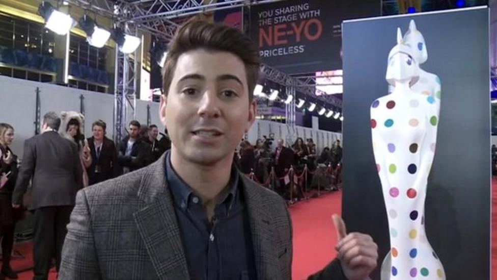 Ricky's Brits preview on red carpet