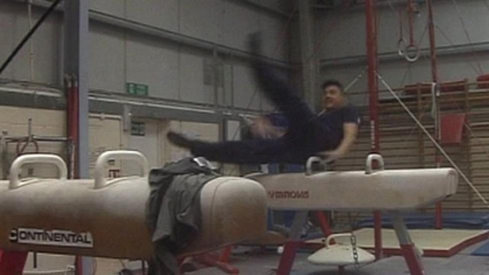 Louis Smith falls from pommel horse