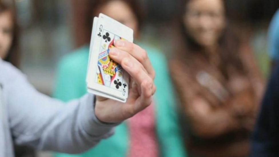 More amazing magic tricks from Fergus