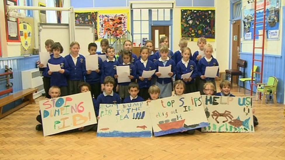 School children perform seabird rap