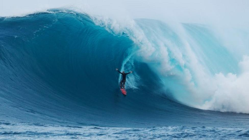 Video: Surf awards names best and worst