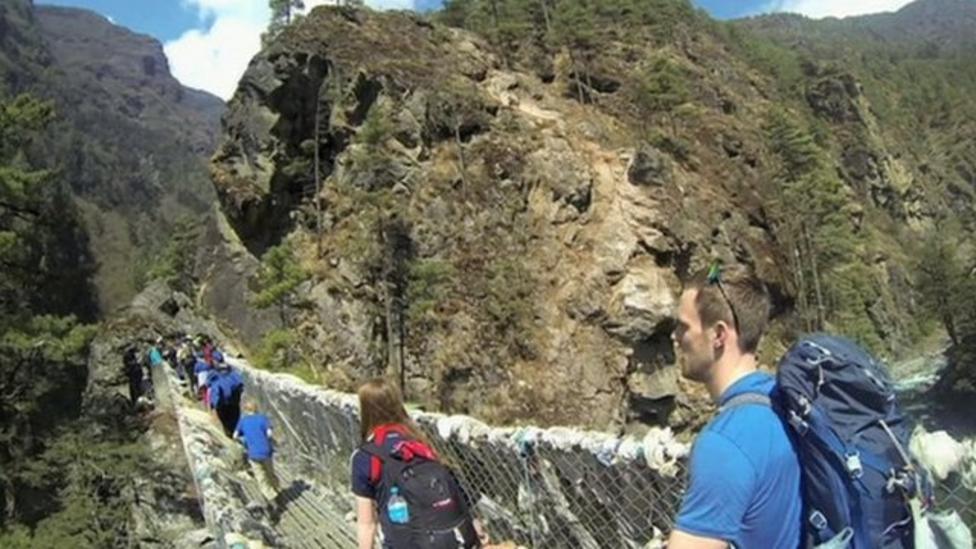 Kids in tests on Everest's slopes
