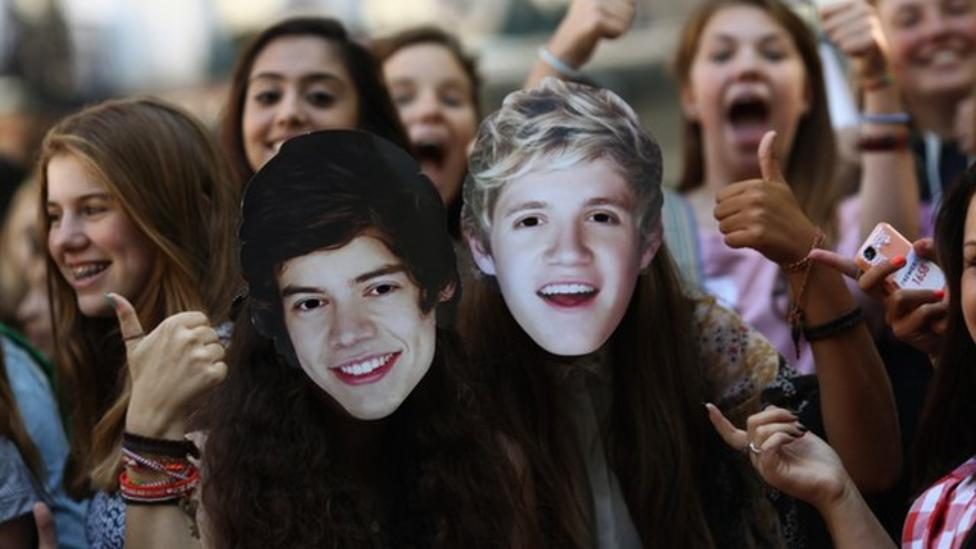 One D fans camp out for premiere