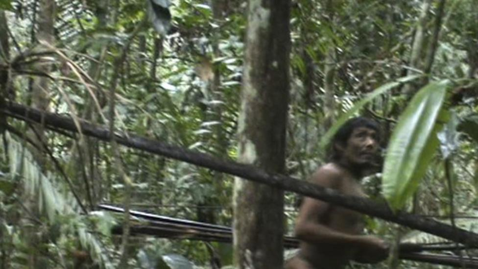 Video: Rare footage of Amazonian tribe
