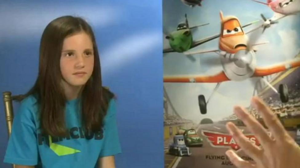 Alicia meets the cast of planes