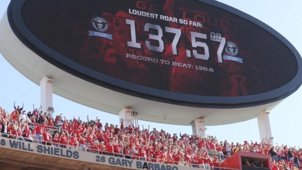 Loudest fans ever make a record racket!
