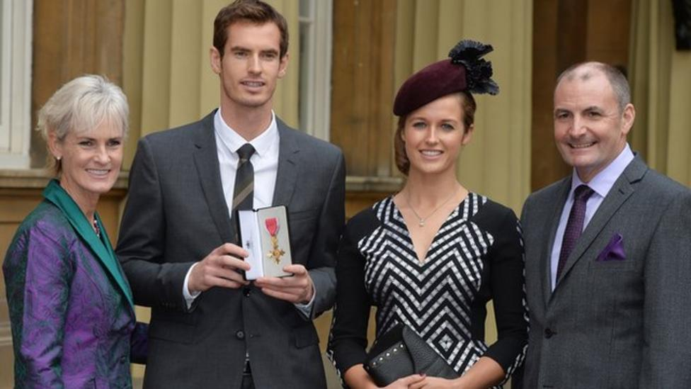 Prince William gives Murray OBE honour