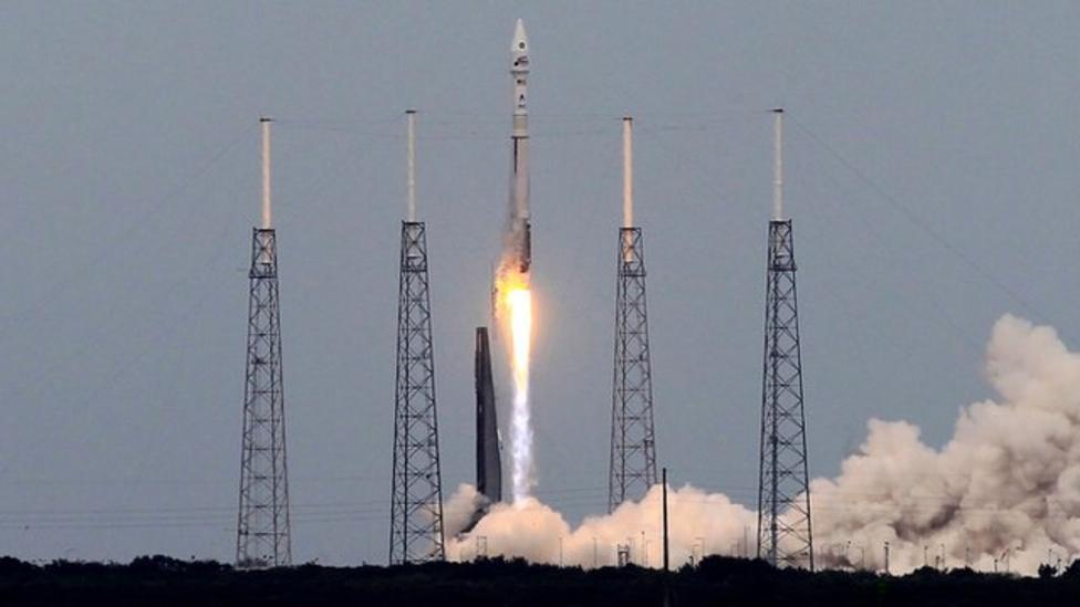 Nasa's Maven takes off for Mars
