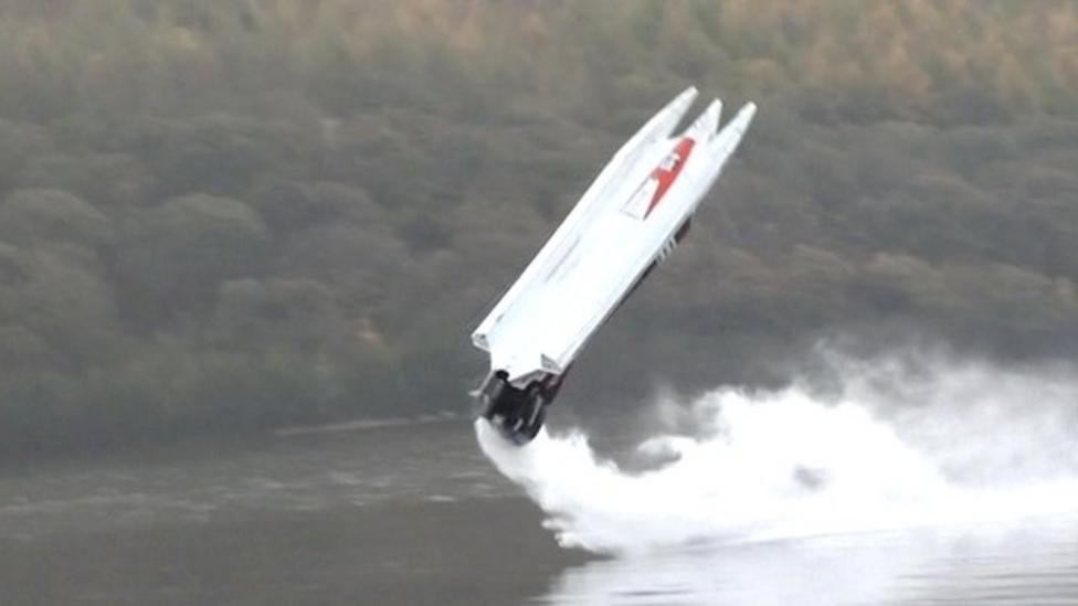 Pilot escapes shocking powerboat flip