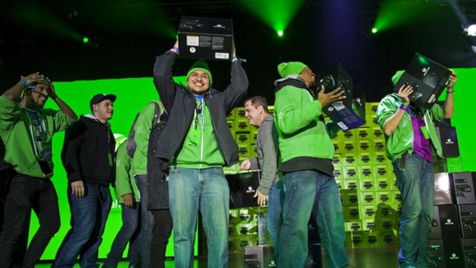 Xbox One launch attracts gamers