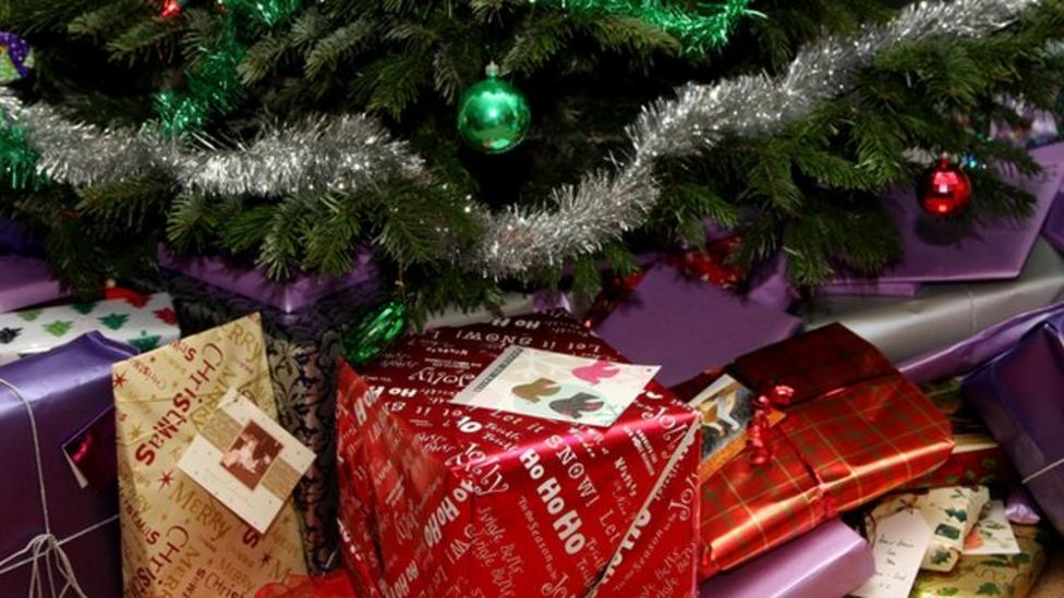 Watch: Wrapping perfect presents