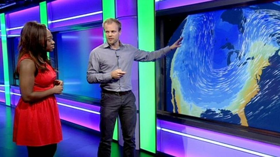 What causes a polar vortex to form?