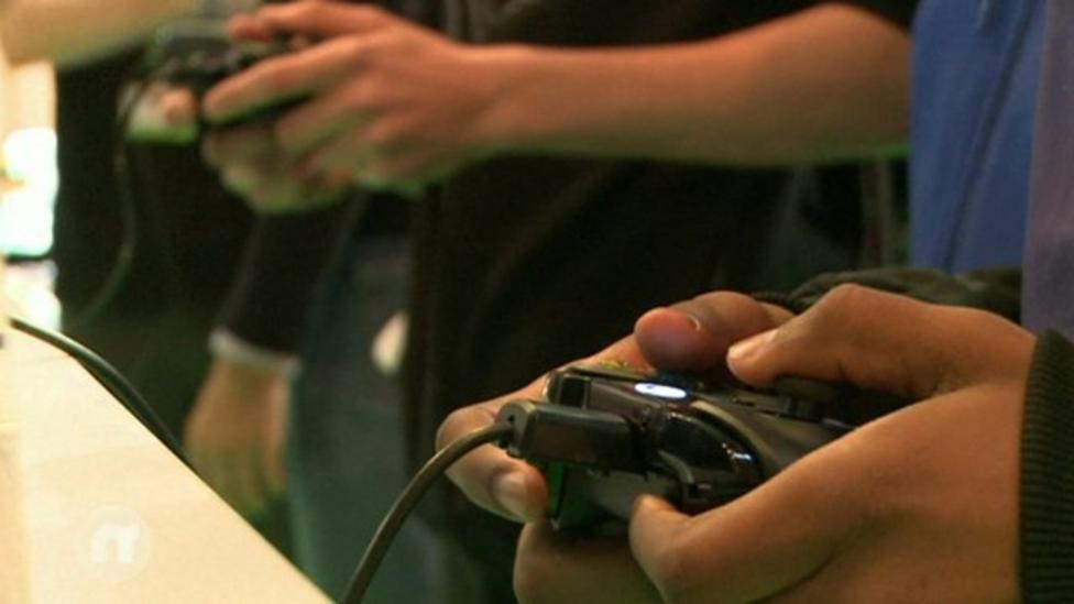 China lifts console ban