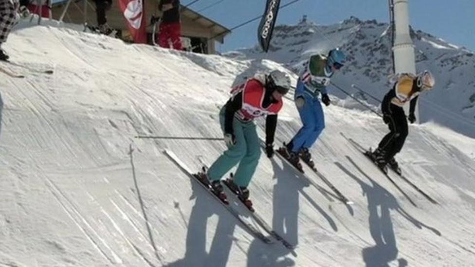 Ski Crosser Emily Sarsfield in action
