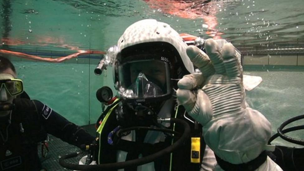 Astronaut Peake training underwater
