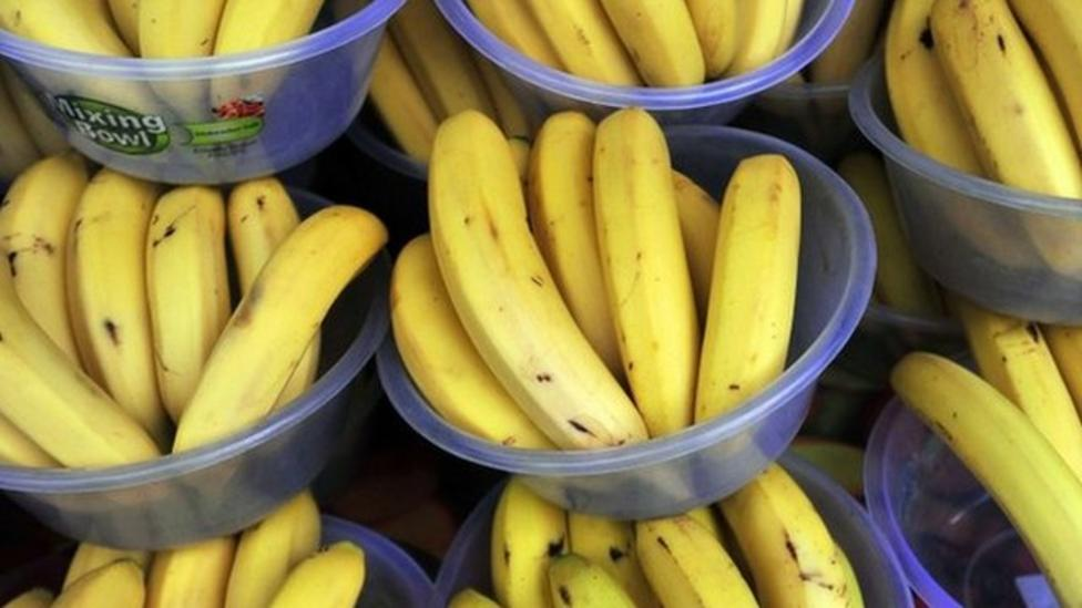 Row over the price of bananas